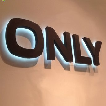 customized-Stainless-steel-backlit-led-sign-letters